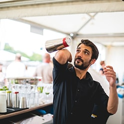 Cocktailcatering & Show-Barkeeperservice buchen