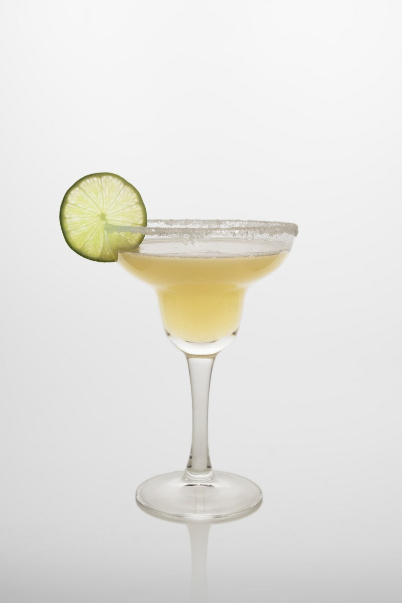Margarita Cocktail: Tequila, Triple sec, frischer Limettensaft.