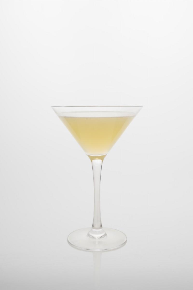 Daiquiri: Rum, Zitronensaft, Zuckersirup.