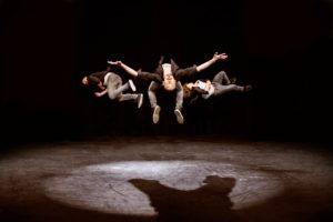 Akrobatik Trio